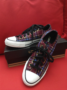 Plaid low top All star Converse size 6.5 Womens or Mens 4.5