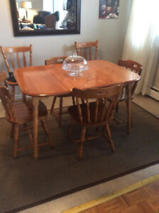 Kitchen or Dining Table with 4 Chairs