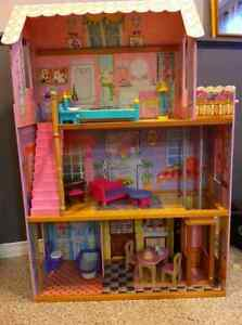 Doll house and toy organizer Windsor Region Ontario image 1
