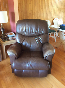 Fauteuil inclinable (Laz-y boy)