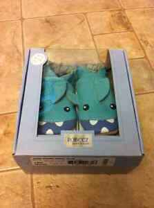 BRAND NEW in box Robeez 6-12m $15 Firm Price
