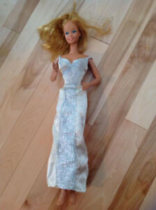 "Vintage 18"" Giant Barbie Doll Superstar 1976 with clothes"