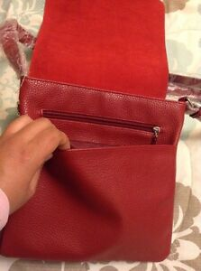 *REDUCED* New W/Tags Italian Red Leather Satchel Cambridge Kitchener Area image 2