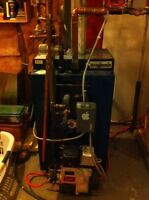Working furnace and indoor oil tank