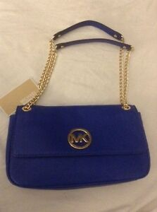 100% autentic Michael kors brand new with tags