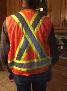 Safety vest Cornwall Ontario image 2