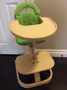 Svan Signet Complete High Chair with Removable Tray & Cushion  w