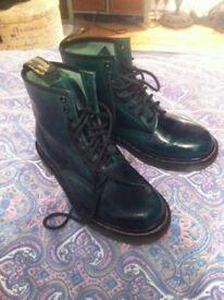Size 6 green DMs