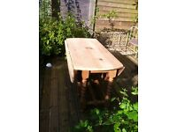 Beautiful solid pine kitchen/ dining table