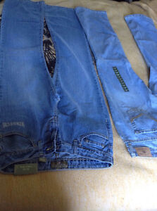 New-jeans-2 pairs of Ladies U.S. Polo jeans size 9/10