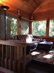 RUSTIC COUPLES GETAWAY OR BED AND BREAKFAST
