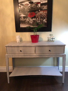 Hardwood Grey Mist Bombay Company Entrance Table