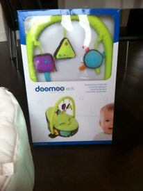 Doomoo baby bean bag seat and toy arch