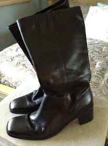 Black leather Boots.....size 12M New!
