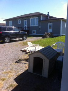 House and Garage for sale a Sandy Cove on the Great Northern Pe