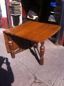 Solid oak / old gate leg / folding dining table