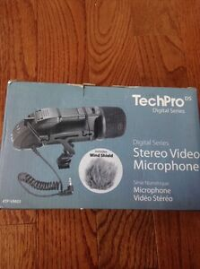Tech pro Stereo Microphone