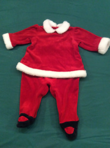 Baby Girl Christmas Outfit, size 6-9 months