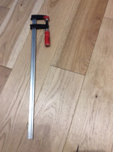 BESSEY 26 INCH CLUTCH STYLE BAR CLAMP; good condition; $10.00 25