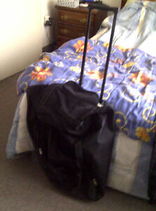 VARIOUS PIECES OF LUGGAGE FOR SALE
