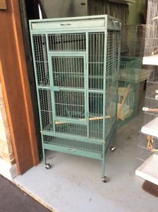 Cages d'oiseaux à vendre - bon deal!!!