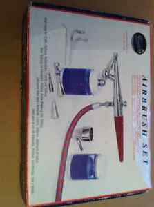 PAASCHE AIRBRUSH SET MODEL# H SET BRAND NEW Cambridge Kitchener Area image 1