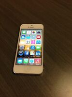 iPhone 5 32gb White - Mint Condition