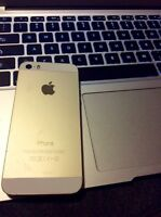 iPhone 5s 16 go 250$ vente rapide !!