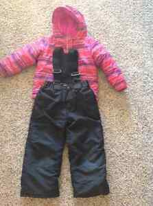 Girls Size 4T Columbia Winter Jacket and Black Ski Pants