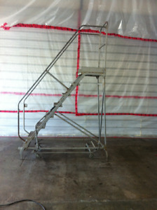 Rolling Ladder for Warehouse