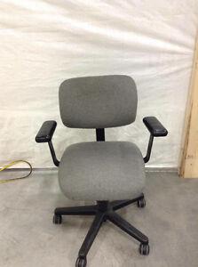 Chaises de bureau - Office chairs West Island Greater Montréal image 8