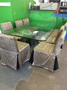 """3/4"""" tempered glass table with 8 chairs Windsor Region Ontario image 1"""