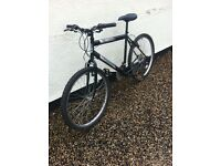 2 mountain bikes for spairs or repaird