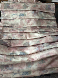 3 Roman Shades, queen sized bedspread and 2 pillow shams