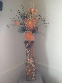 Vase &flowers