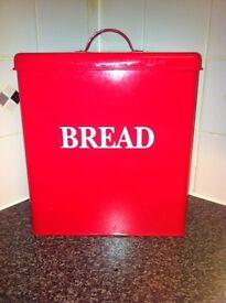 Bread bin n buiscut barrel
