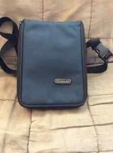 Etui Nintendo Carrying Case West Island Greater Montréal image 1