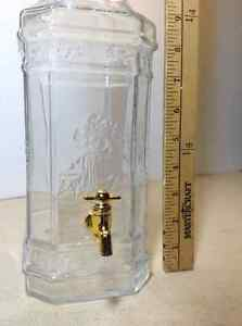 Made in Italy glass bottle decanter w twist spout Cambridge Kitchener Area image 2