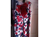 Gorgeous 12/14 dress with bag and head piece brand new £20