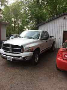 2006 Dodge Power Ram 1500 SLT Pickup Truck 4/4