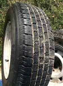 Set of 4 Tires with Rims 215 75 R15 Reduced Kawartha Lakes Peterborough Area image 2
