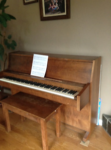 Hamption Piano