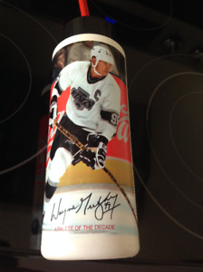WAYNE GRETZKY COCA COLA  WATER BOTTLE-NEVER USED