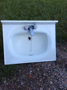 Fibreglass bathroom sink and faucet in LEVACK ON