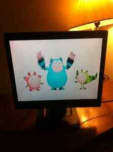 """Acer LCD Monitor """"17"""