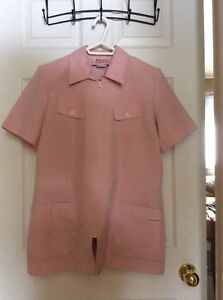 More 2 piece nursing uniforms Cornwall Ontario image 1