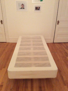 Ikea Espevär - twin mattress base with legs