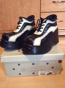 Platform shoes size 9 Gatineau Ottawa / Gatineau Area image 1