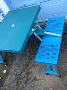 Collapsible Picnic Table...Folds Into A Briefcase! Kitchener / Waterloo Kitchener Area image 3