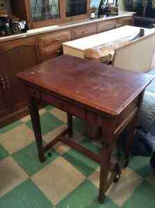 Singer sewing machine Table desk cabinet